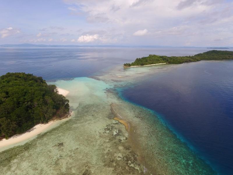 Yeben Kecil Island, Wayag Blue Lagoon, Raja Ampat, West Papua for lease