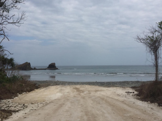 Land for sale on Pantai Maloba, Sumba Island, 7,5 ha