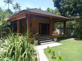 Stunning beach front villa Lean -  Bali